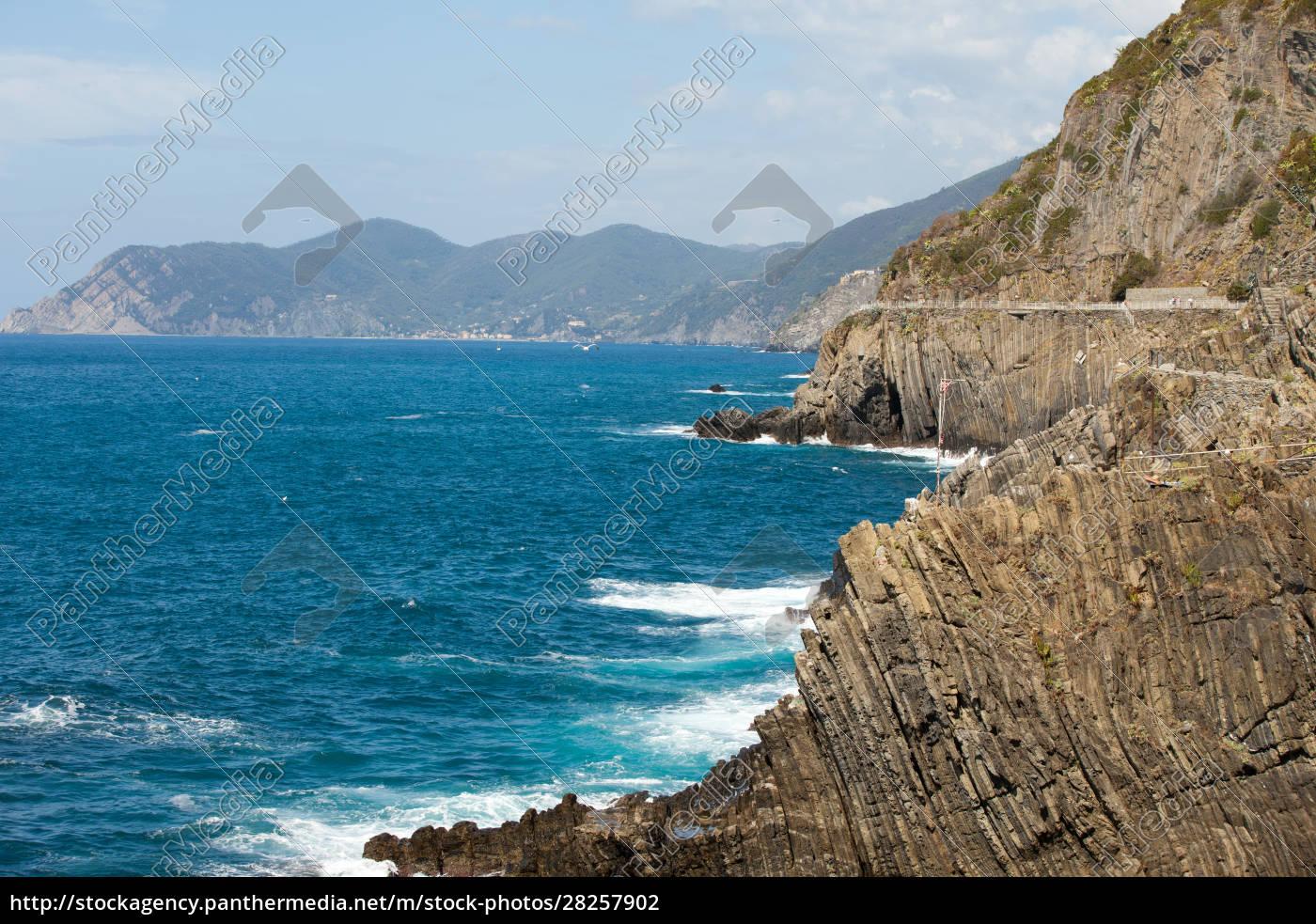 cliffs, in, riomaggiore., , cinque, terre, - 28257902