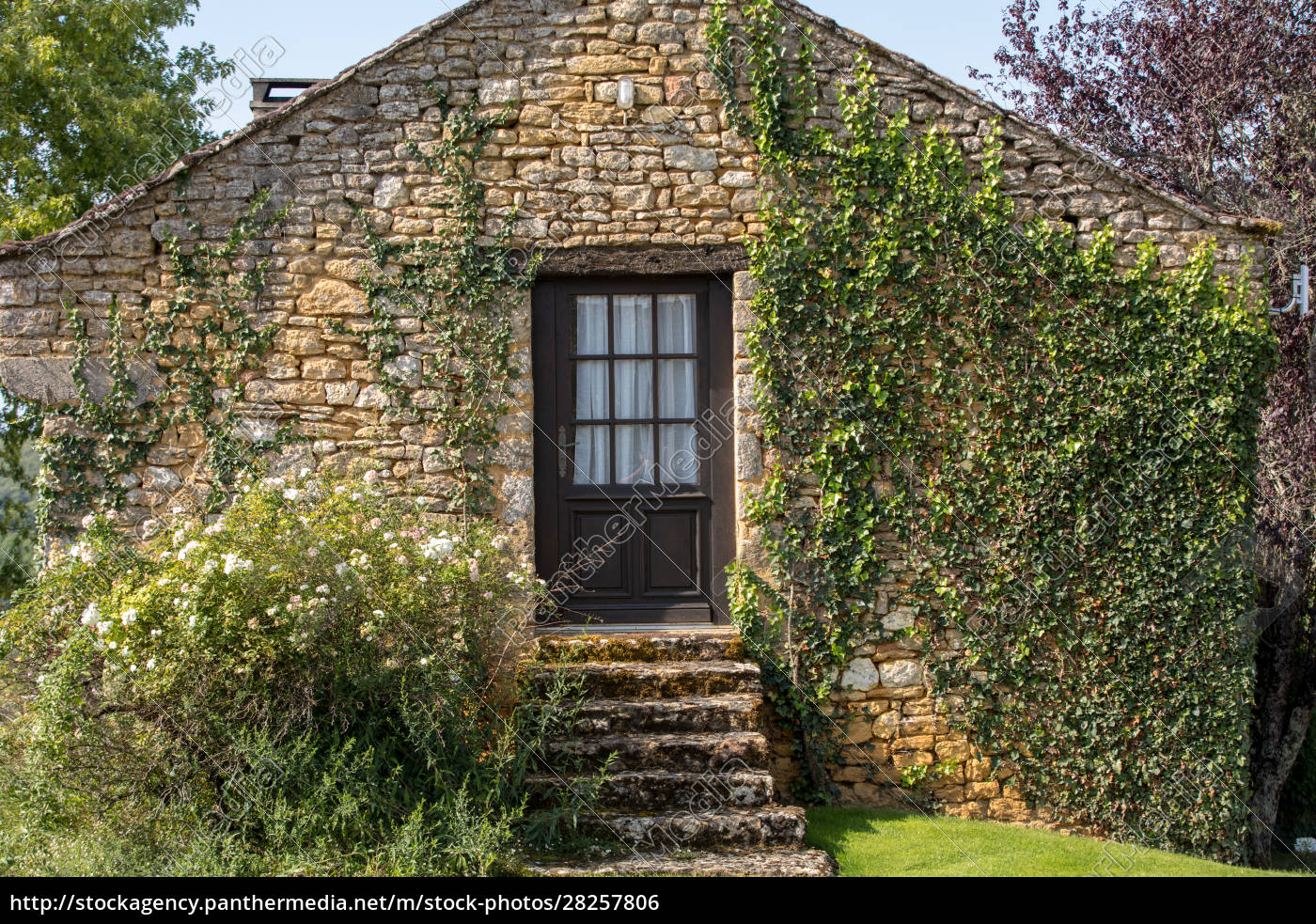 wall, of, a, old, stone, house - 28257806