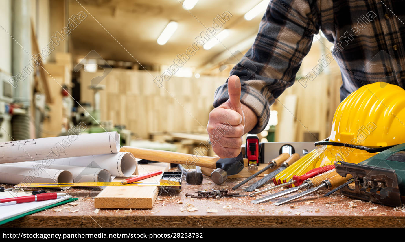 carpenter, at, work, in, the, carpentry - 28258732