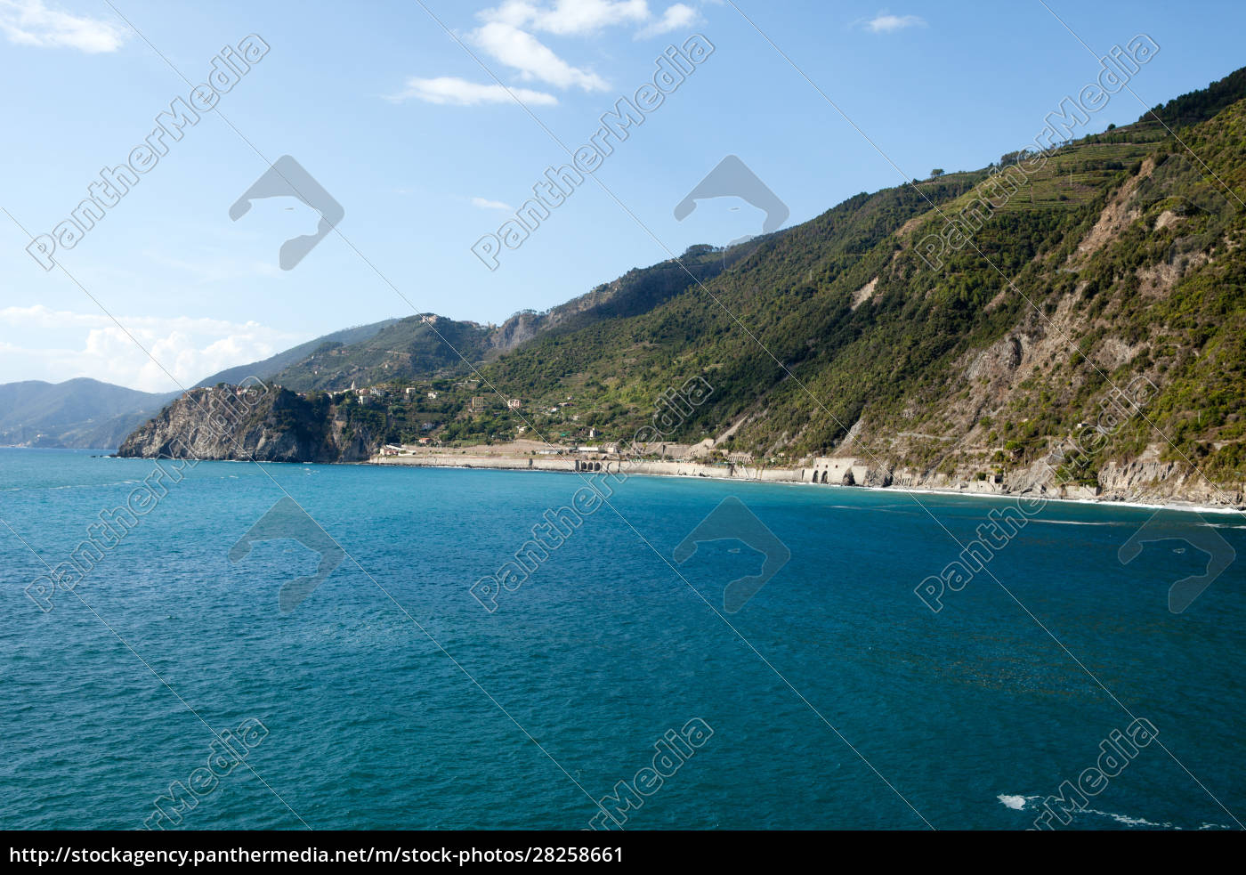 cinque, terre-coast, between, manarola, and, corniglia - 28258661
