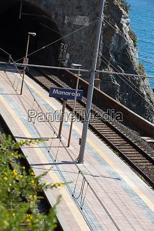railway, station, of, manarola, in, cinque - 28258399