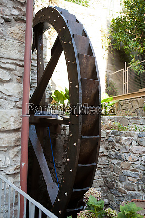 the, old, watermill, in, manarola - 28258722