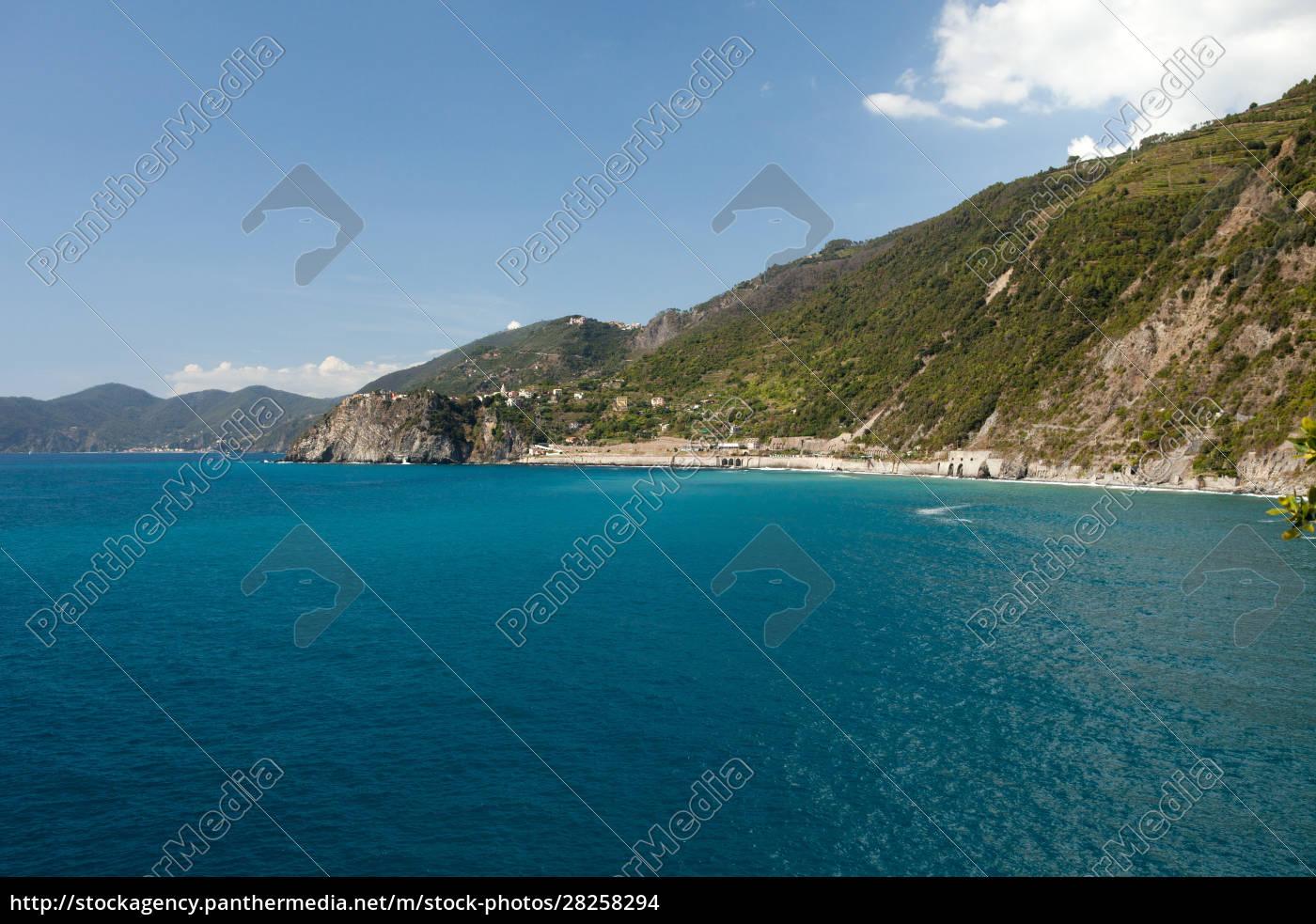 the, picturesque, coastline, of, the, cinque - 28258294
