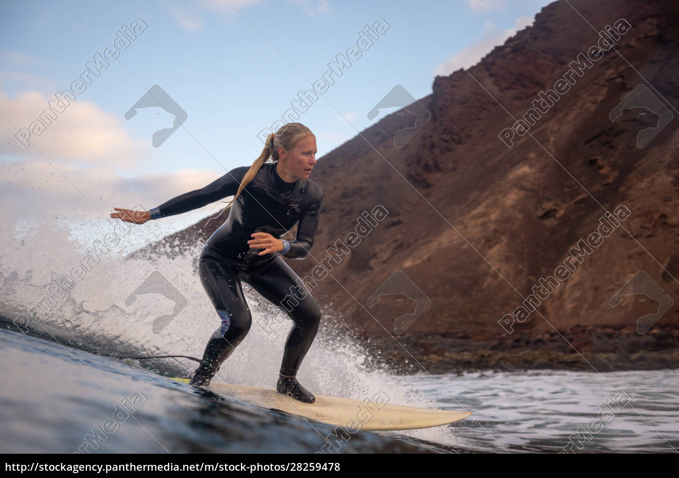 surfer, riding, waves, on, the, island - 28259478
