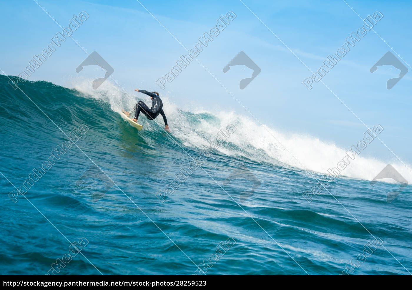 surfer, riding, waves, on, the, island - 28259523