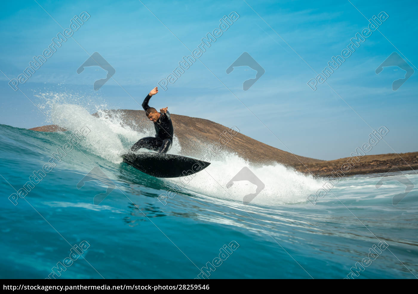 surfer, riding, waves, on, the, island - 28259546