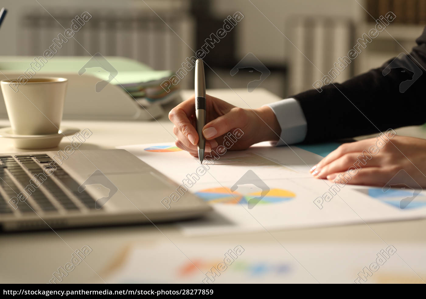 business, woman, hands, writing, on, report - 28277859