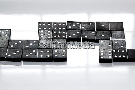 dominoes - 28277593