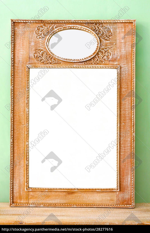 mirror - 28277616