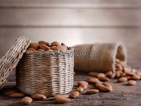 almond, in, cloth, bag, on, blurred - 28278810
