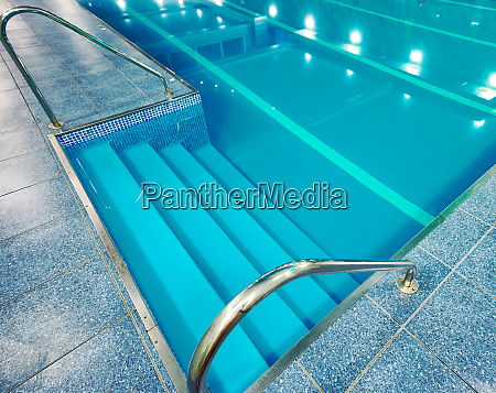 staircase, with, handrails, into, the, pool - 28278830