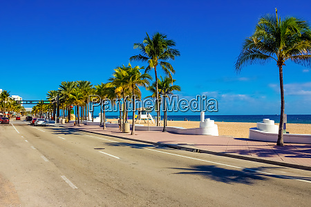 fort lauderdale beach near las olas