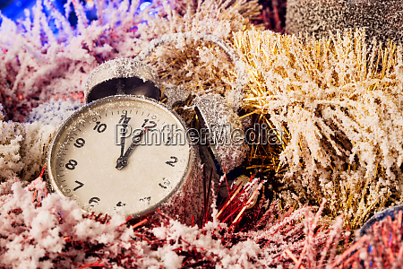 clock, in, christmas, decoration - 28279810