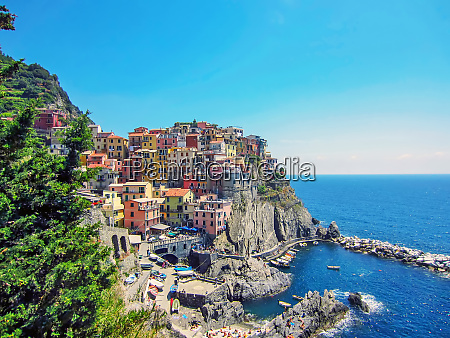 village manarola on italian coast