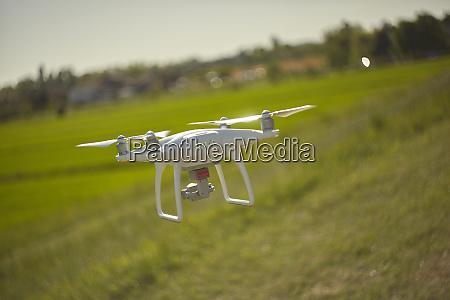 drone dji phantom in action 2