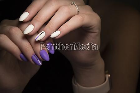 sexy gray manicure