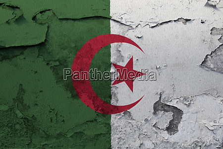 algeria flag painted on the cracked