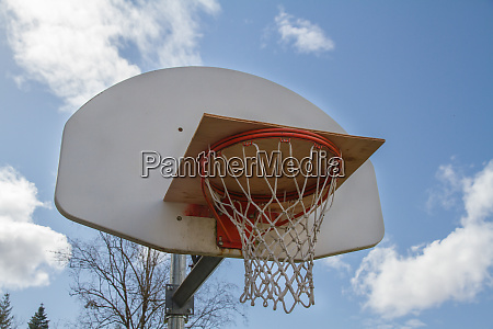 covid blocked basketball hoop