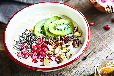 overnight oat with fruits and nuts