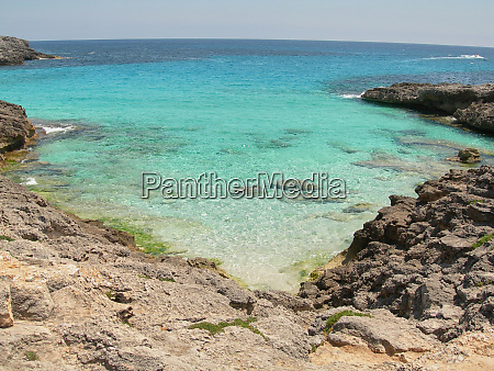 turquoise beach to live the tranquility