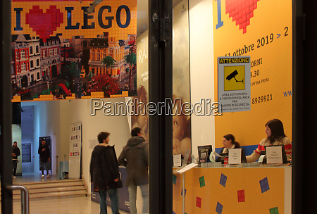 lego diorama showreel in milan late