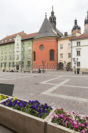 small market square a deserted city