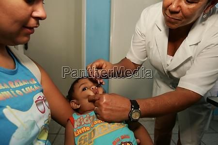 vaccination against polio in eunapolis