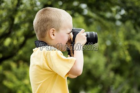 little boy photographer