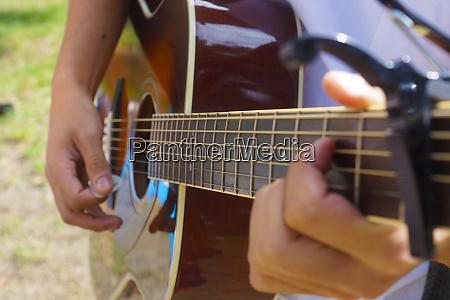 guitar image color up