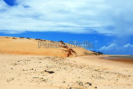 mozambique bazaruto the dunes of dundo