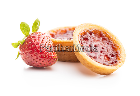 sweet biscuits with strawberries jam and