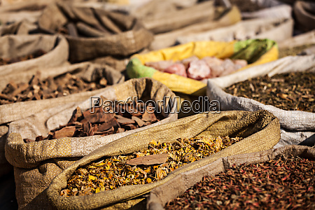 spices in indian market