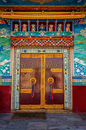 door in buddhist monastery