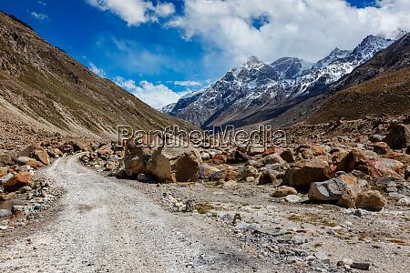 dirt road in himalayas