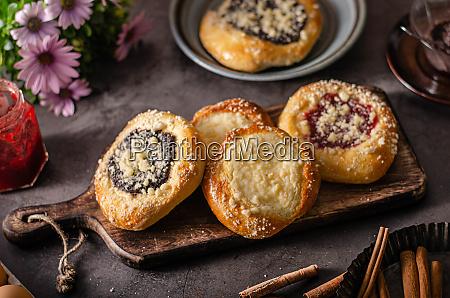 homemade rustic cakes