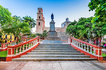 merida colonial city yucatan peninsula