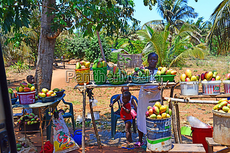 street vendors of fruit and vegetables