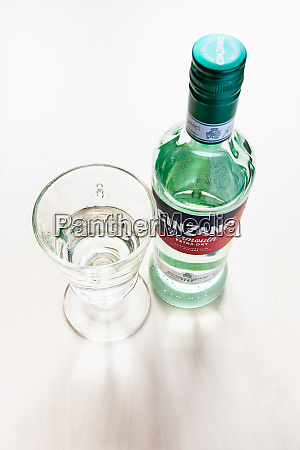 closed bottle of cinzano extra dry
