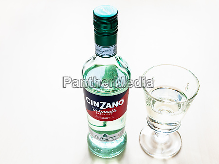bottle of cinzano extra dry and
