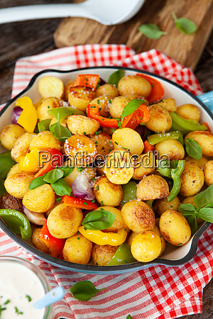 baked potatoes with vegetables