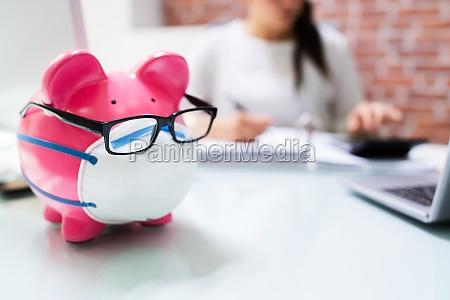 save money piggybank and budgeting