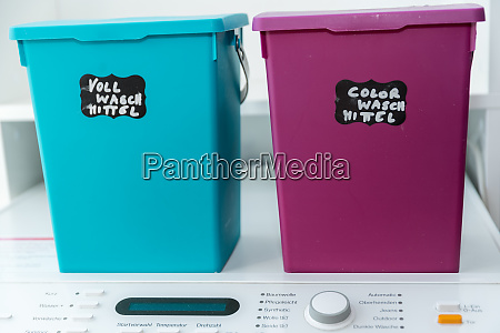 detergent in a color box