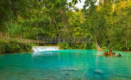 luang prabang tat kuang si waterfalls