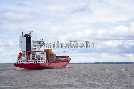 shipping cargo transportation by sea