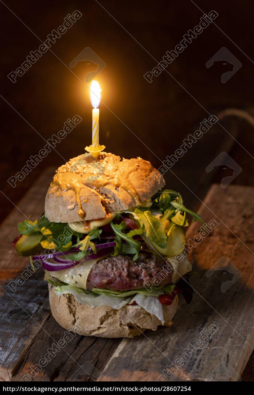 home, made, cheeseburger, on, dark, wood - 28607254