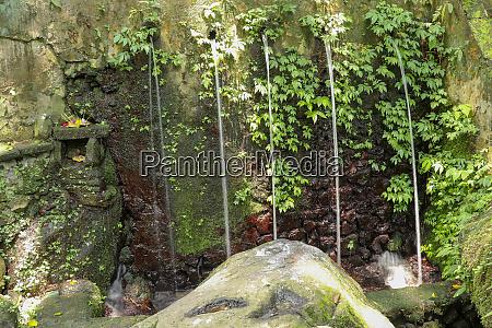 sacred water springs in the pakerisan
