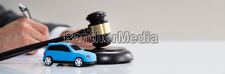 car accident liability insurance lawyer