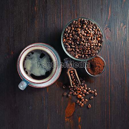 coffee cup roasted coffee beans