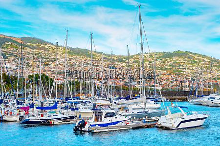 marina yachts motorboats madeira portugal