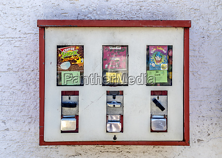 chewing gum automat